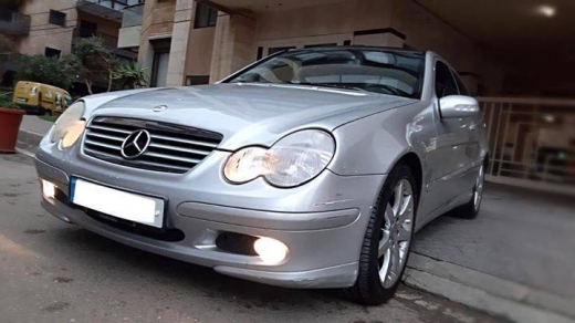 Mercedes-Benz in Tripoli - For sale Mercedes-Benz C 180 Model 2004