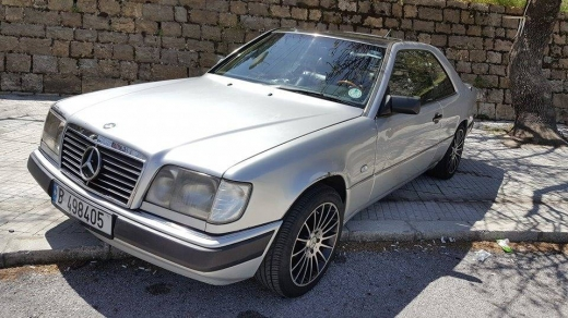 Mercedes-Benz in Beirut City - for sale Mercedes 1989