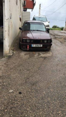 BMW in Tripoli - Bmw 320 mod 84