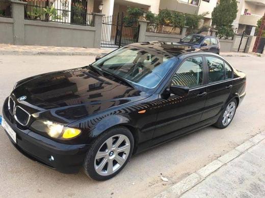 BMW in Tripoli - Bmw 2003 sport 325
