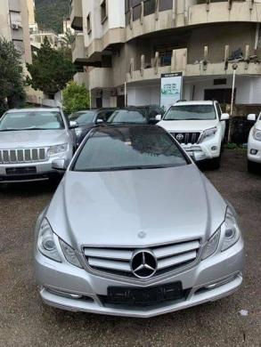 Mercedes-Benz in Tripoli - Mercedes E350 coupe 2012
