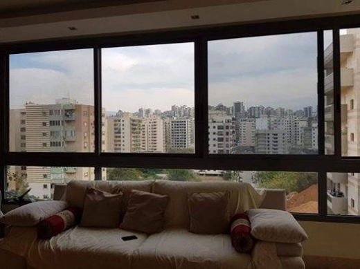 Apartments in Dam Wel Farez - شقة سوبر دولكس للبيع