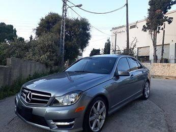 Mercedes-Benz in Tripoli - Mercedes C 250 2014