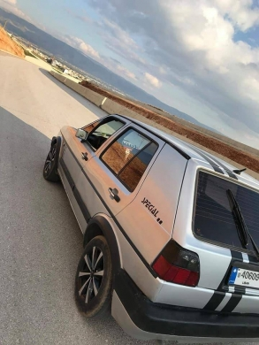 Volkswagen in Chtaura - Golf 2 for sale