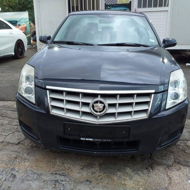 Cadillac in Mkalles - Cadillac Bls 2008 full options source company super clean 2 keys one owner