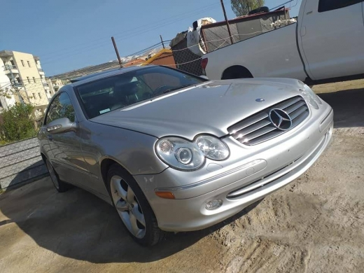 Mercedes-Benz in Zahleh - Clk320 for sale