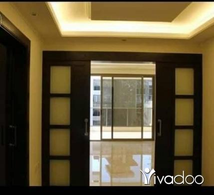 Apartments in Ain Mreisseh - شقتين للبيع طابق 3 و طابق 5 ومغري جدا للبيع شقة عين مريسة
