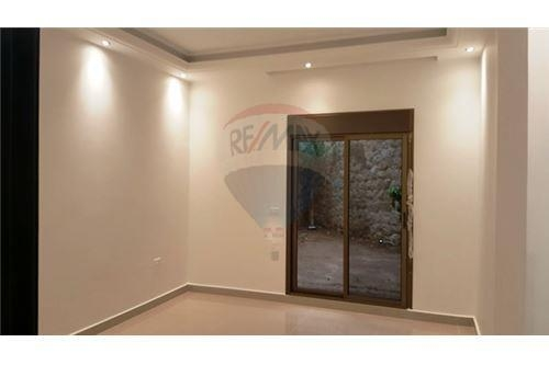 Apartments in Bsalim - 180 sqm Apartment for sale_ Bsalim