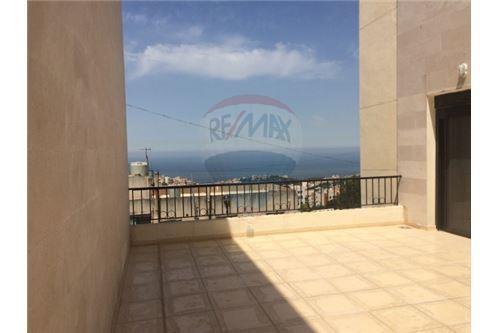 Apartments in Beit el Chaar - apartment 195m2 with 35m2 in beit el chaar
