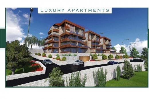 Apartments in Jouret el-Ballout - Apartment for sale in Jouret El Ballout/Metn