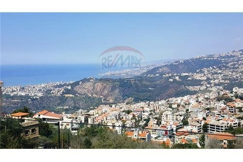 Apartments in Kornet Chehwane - Apartment for sale in Kornet Chehwane_ 250 sqm