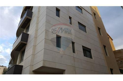 Apartments in Mazraat Yachouh - Brand New apartment for sale in Mazraat Yachouh