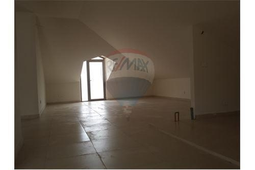 Apartments in Mar Roukoz - Duplex for sale in Mar Roukoz/Metn