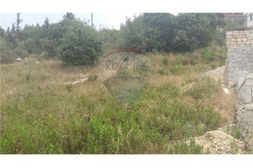 Land in Kfar Yassine - land 1000m2 for sale in kfar yassine
