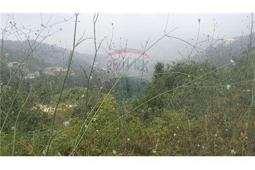 Land in Rabieh - land 819m2 for sale in rabieh