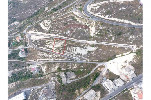 Land in Halate - عقار رقم 4371 مطلّ على البحر للبيع في منطقة حالات
