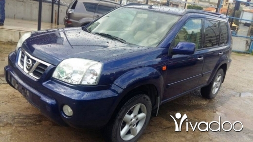 Nissan in Bouchrieh - Nissan X-Trail, model 2002