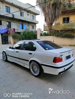 BMW in Akkar el-Atika - BMW 325 boy model 93
