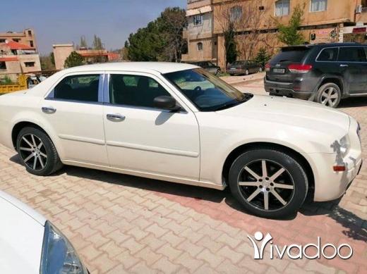 Chrysler in Ras Baalbeck - Chrysler c300