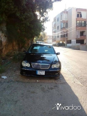 Mercedes-Benz in Roumieh - MERCEDES benz 230 sport