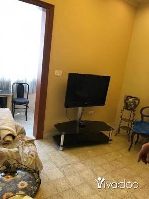 Apartments in Tripoli - شقه للبيع طرابلس الميناء قرب كورنيش الميناء طابق اول