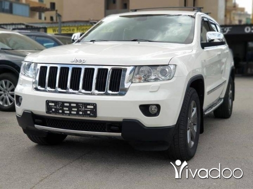 Jeep in Beirut City - Grand Cherokee 2011 Laredo V6 in Perfect condition!