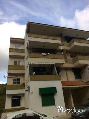 Apartments in Beirut City - شقة للبيع سند أخضر عرمون بطالع عن عصفورية أول سرحمول