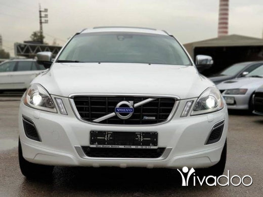 Volvo in Beirut City - 2011 Volvo XC60 T6 4WD Clean carfax