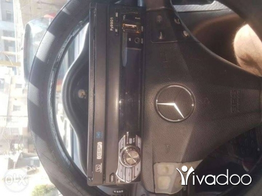 In-Car Audio & GPS in Antelias - Car radio with touch screen +bluetooth +usb+aux in good condition