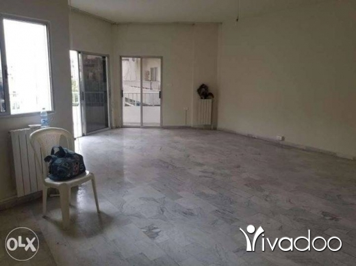 Half floor in Zouk Mikaël - House for rent
