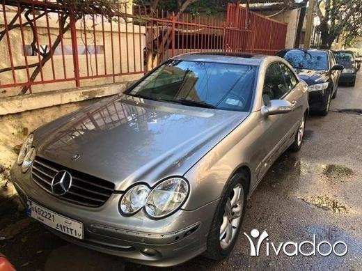 Mercedes-Benz in Beirut City - Mercedes clk 200 4cyl full option tel 78 816 660