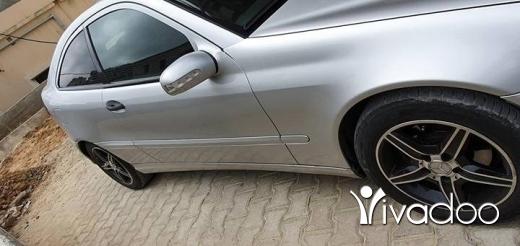Mercedes-Benz in Jbeil - Car mercedes 230
