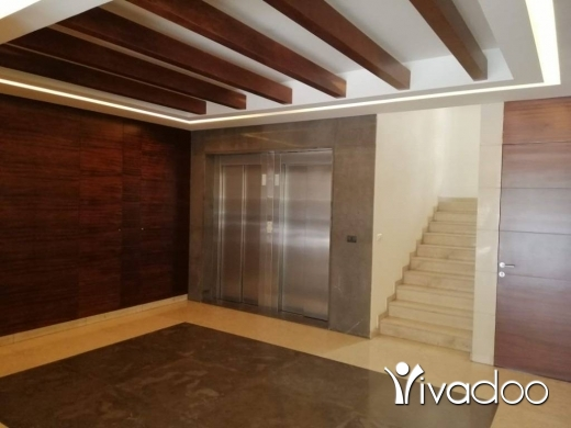 Apartments in Achrafieh - A furnished 383 m2 duplex apartment with a terrace for sale in Achrafieh