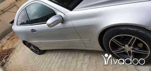 Mercedes-Benz in Beirut City - Car mercedes 230