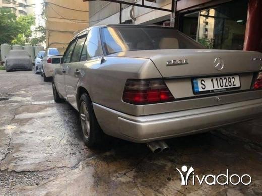 Mercedes-Benz in Beirut City - Mercedes E260 1988