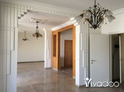 Apartments in Beirut City - For rent unfurnished Apartment in Ashrafieh, Massarah street.