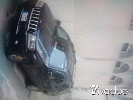 Jeep in Hamra - نيو غراند ٢٠٠٤