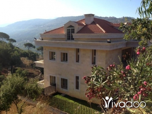 Villas in Baabdat - 950 m2 villa for sale in Baabdat, Maten
