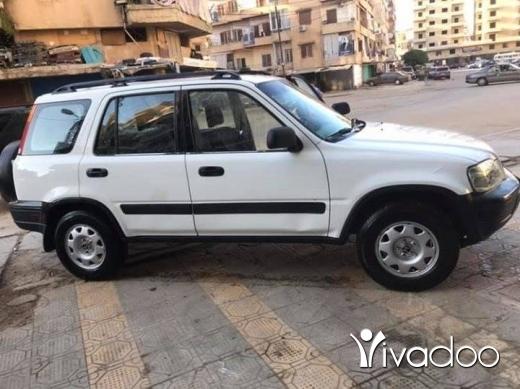 Honda in Tripoli - crv99 4*4