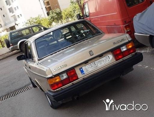 Volvo in Beirut City - Volvo 240 GL