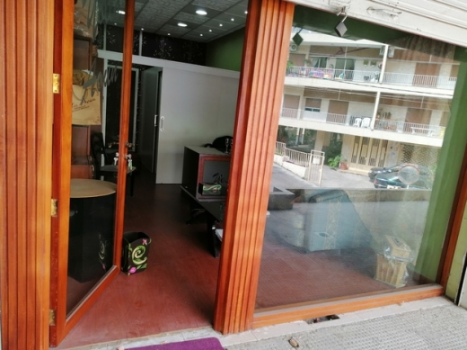 Shop in Mansourieh - للبيع او للايجار محل كامل التجهيزات المنصورية المتن