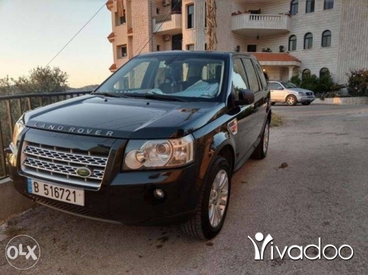 Rover in Beirut City - Land rover 2 model 2007