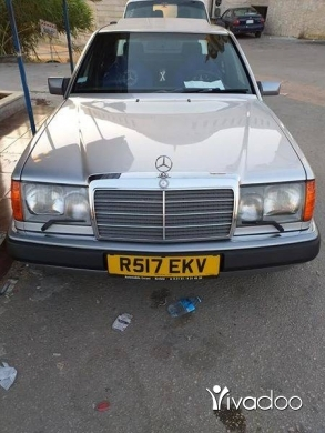 Mercedes-Benz in Minieh - Mercedes-Benz E300 91