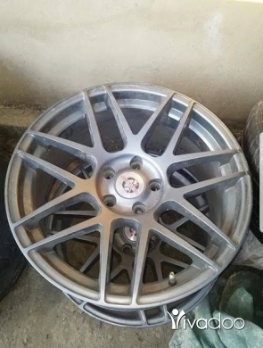 """Accessories in Jdeideh - 19"""" Rims + adapters"""