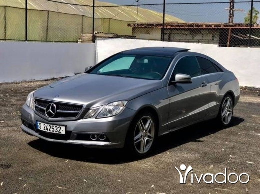 Mercedes-Benz in Damour - Mercedes E350 in excellent condition
