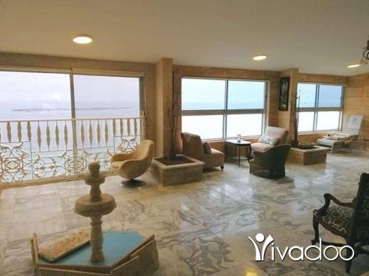 Apartments in Saida - شقة للبيع في صيدا الكورنيش البحري
