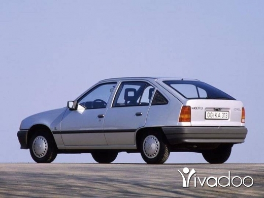 Opel in Tripoli - Opel caddet or vectra