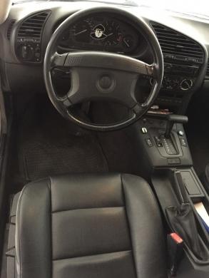 BMW in Mkalles - BMW 320i Full Option