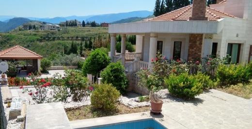 Villas in Al Bahsas - فيلا ديلوكس للبيع اطلالة ساحرة لا تحجب Deluxe Villa with panoramic view