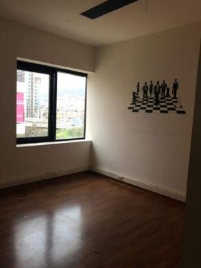 Office Space in Sin el-Fil - For rent an office in sin el fil Mirna Chalouhe main road 70 m2